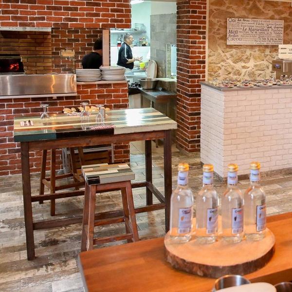 Le Restaurant -Villa Colomba - Restaurant Penne Sur Huveaune